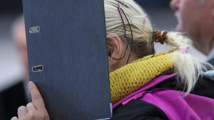 Женщину, которая в Зеленограде исцарапала лицо пенсионерке и избила ребенка, задержали