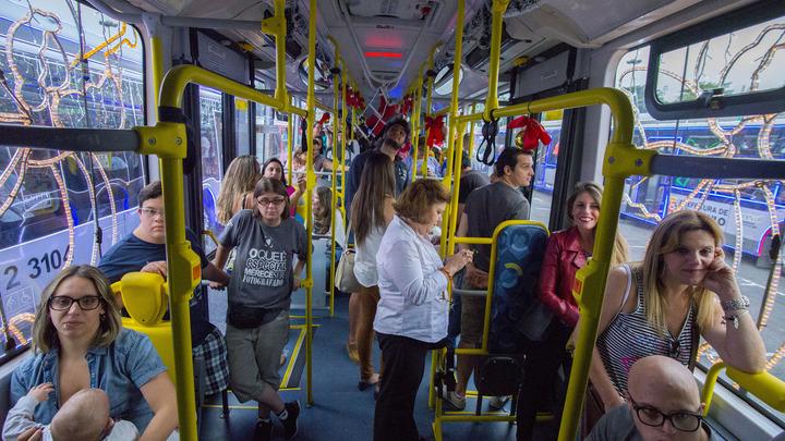 Водителям автобусов с детьми могут разрешить увеличивать скорость до 80 км/ч