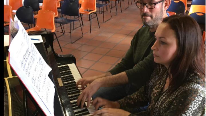 Пианистка из Новосибирска выпустила посвящённый морозу и солнцу альбом