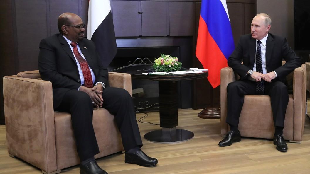 Президент Судана пригласил В. Путина вХартум