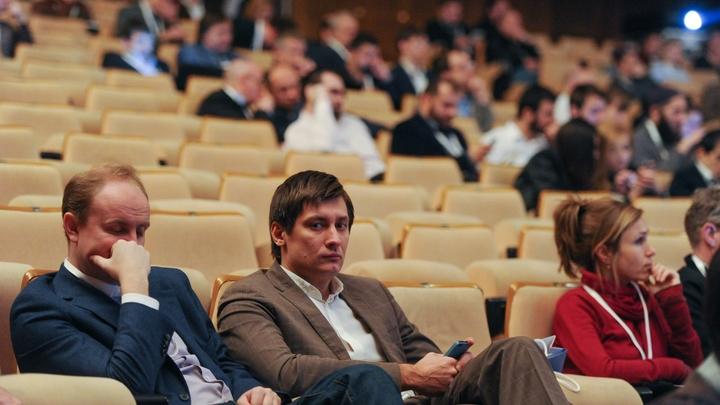 Пещерное поведение тянет на уголовное дело: Гудкова осудили за нападение на журналистов в Домодедове