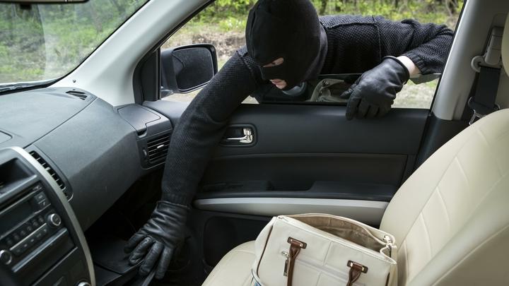 На запчасти и вторичку: Эксперты составили рейтинг самых угоняемых машин в России