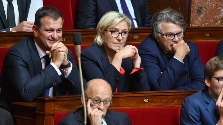 Марин Ле Пен лишена депутатской неприкосновенности - источник