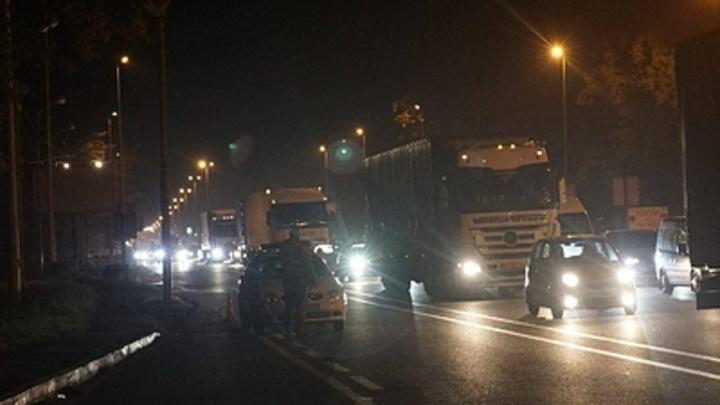 Мы - убийцы: Украинка взбесила пассажиров автобуса из-за сериала на русском языке
