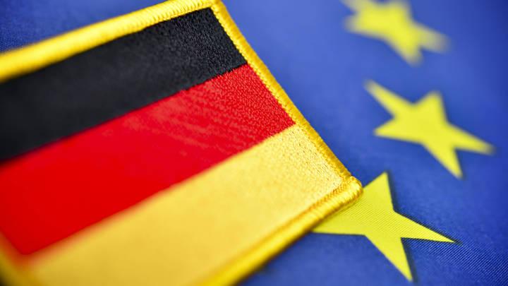 Возглавившая Совет ЕС Германия обратилась к России