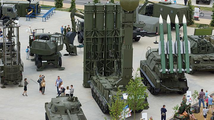 Калашникова автомат – для оружейников китайских ад: Запад решил стравить Россию и Китай