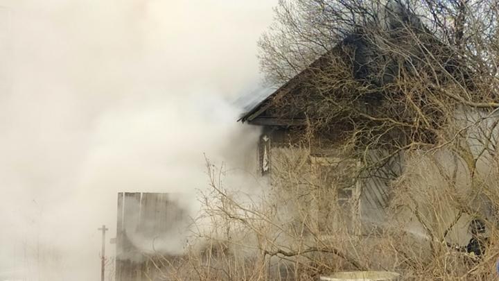 Женщина сгорела во время крупного пожара в Кемерове