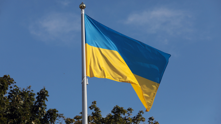 Украина пригнала на границу с Россией спецтехнику
