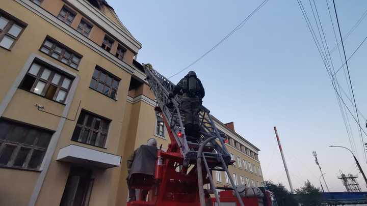 В Нижнем Новгороде сгорело общежитие Медуниверситета, есть пострадавшие