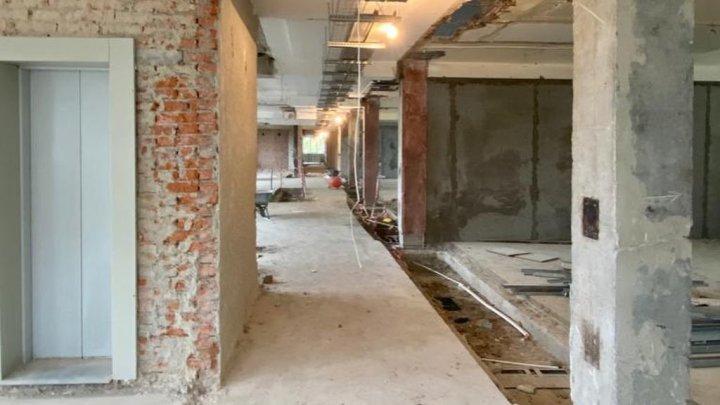 Власти показали, что случилось во время ремонта со зданием поликлиники №5 в Кемерове