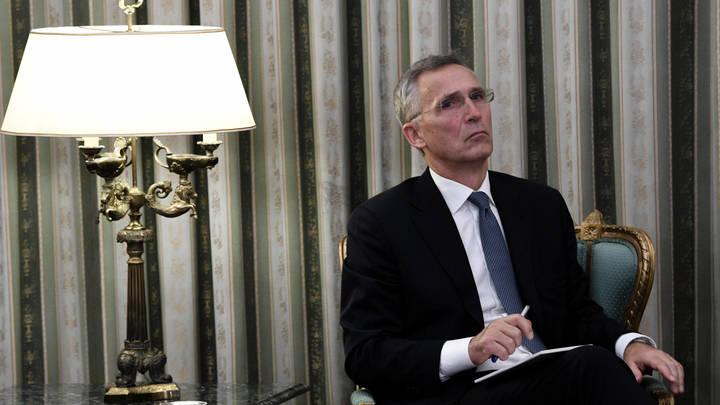 Мы - как та фисташка - Ахахаха, хрен тебе!: Россия усиливает позиции, НАТО разводит руками