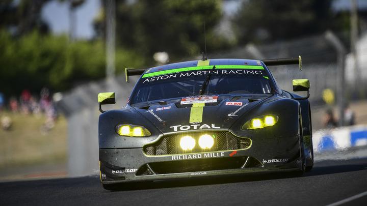Новый дизайн Aston Martin Vantage произвел настоящий фурор - фото
