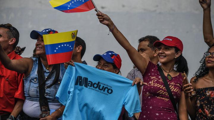 Спасти население от Гуайдо и США: Власти Венесуэлы закрывают мосты в Колумбию