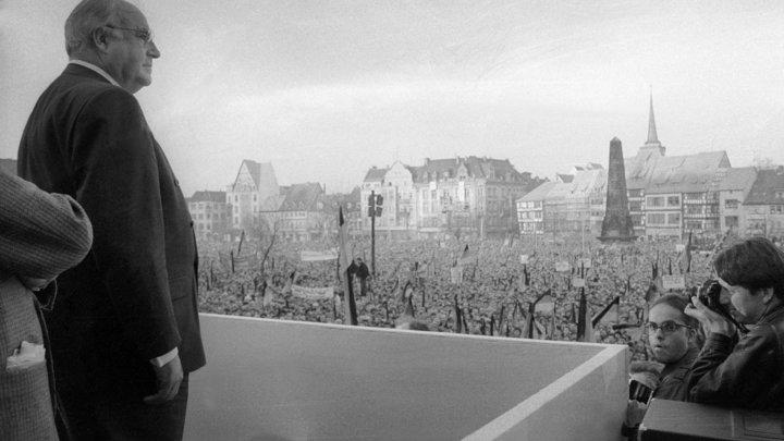 Великий немец: Германия скорбит в связи с кончиной экс-канцлера Коля