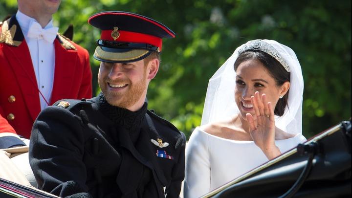 Свадьба принца Гарри – зрелище для народа, подстраховка для элиты