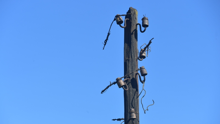В одном из новосибирских садовых товариществ люди почти месяц живут без электричества