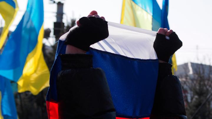Киеву стоить запастись памперсами: Козак не прогибался даже под начальство и заставлял бежать олигархов