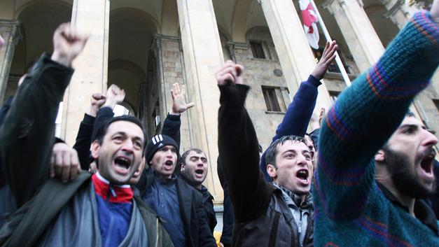Борьба с наркотиками в Грузии вылилась в антиправительственную акцию протеста