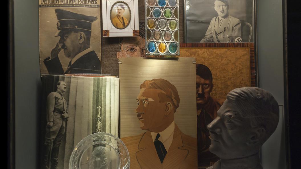 Гитлер против волшебников: В Латвии нацистский лидер оказался популярнее Гарри Поттера