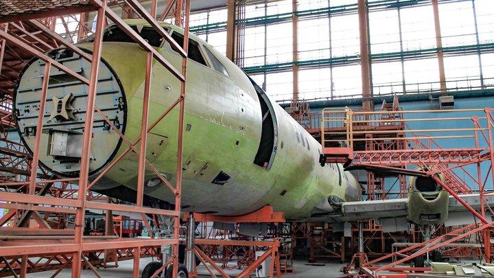 Самолёт для местных воздушных линий: В России приступили к сборке первого серийного Ил-114-300