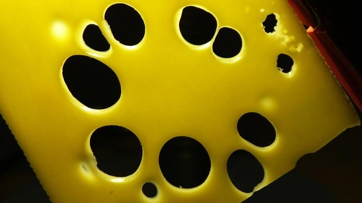 Обратите внимание на сыр: Канадскими учёными раскрыта внезапная причина ожирения