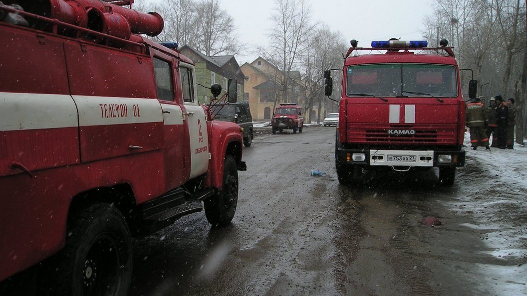 Ангар наулице Енисейской полыхает вСоветском районе Томска