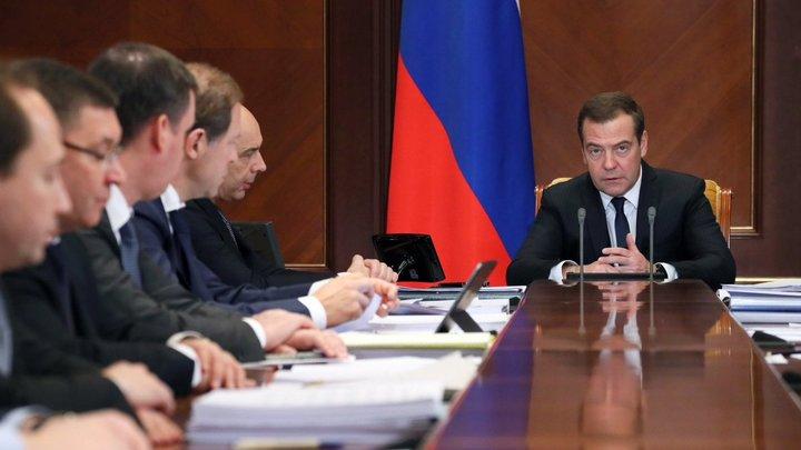 Лавров, Шойгу - свободно, а вот Кудрин... пугает: Эксперт о будущем составе правительства России