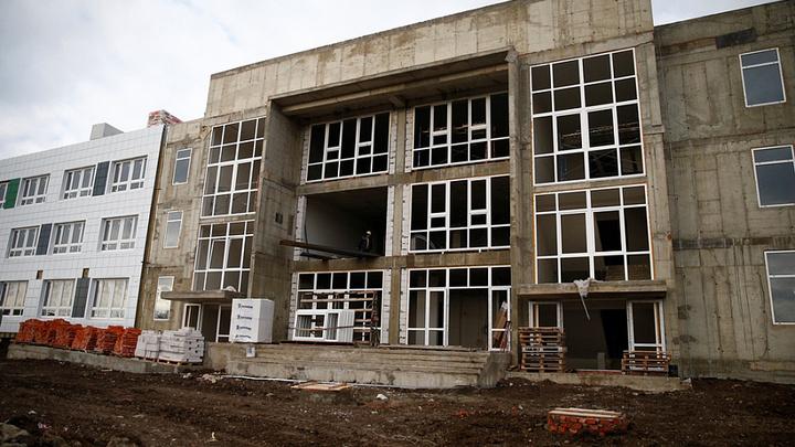 Возводят с 2013 года: Акушерско-гинекологический корпус в Кореновске почти готов
