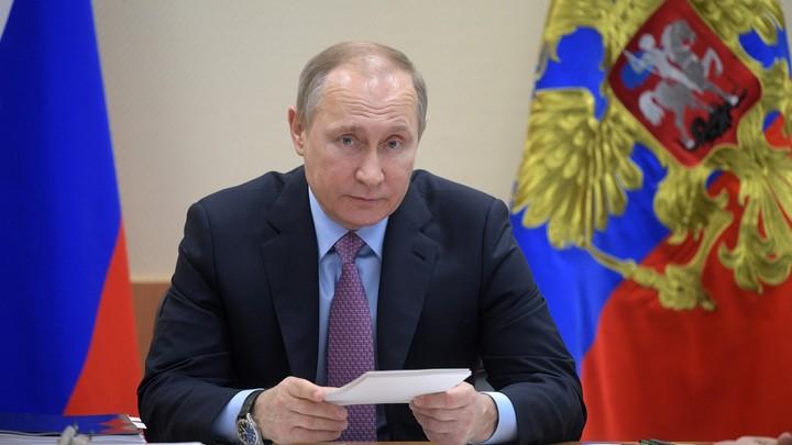 Путин - Федеральному Собранию: В основе всего - сбережение народа России