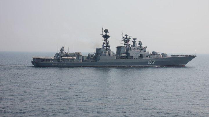 И американцы еще думают, что они правят миром?: На Западе не могут успокоиться из-за невозмутимых моряков Адмирала Виноградова