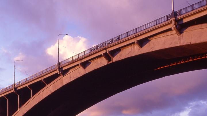 А вы бы украли?: Иностранцы с пониманием отнеслись к похитителям 56-тонного моста в России