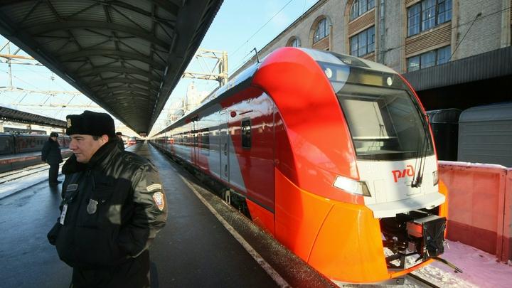 Движение в Санкт-Петербурге парализовано на всех направлениях