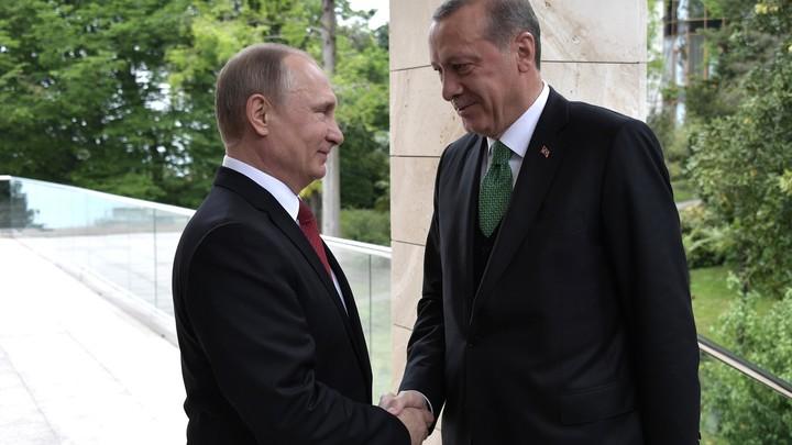 Перед ужином в Анкаре Путин и Эрдоган полтора часа беседовали с глазу на глаз
