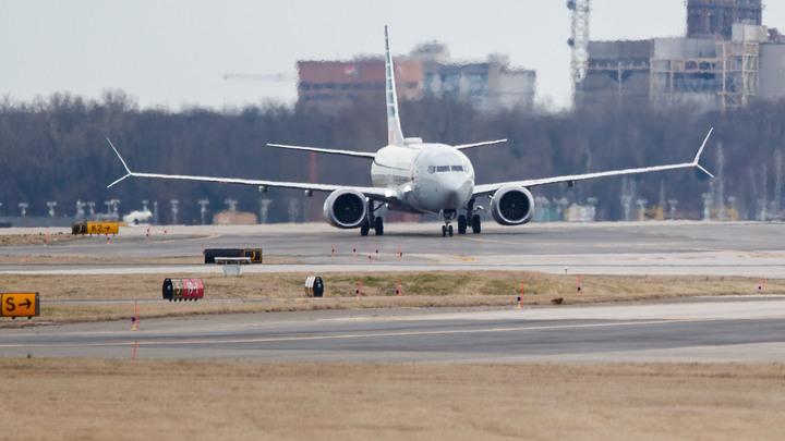 Компания Boeing остановила поставки авиалайнеров-убийц - СМИ