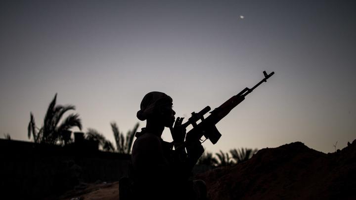 Пришлось переотдавать приказ несколько раз: Военный эксперт о новом штурме Хафтаром столицы Ливии