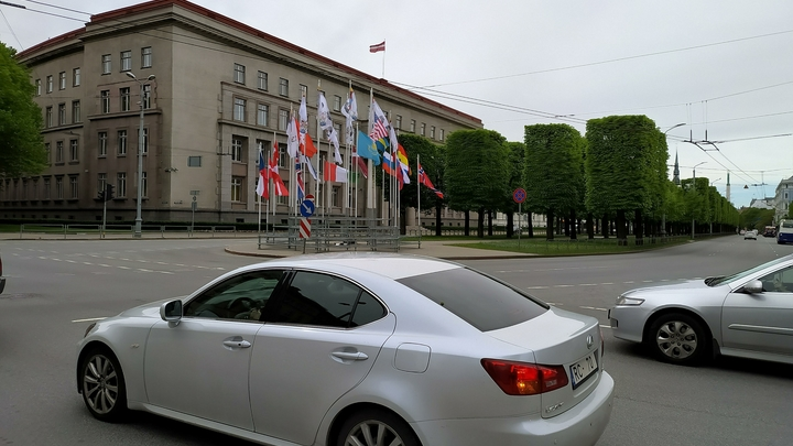 В Госдуме отменили обязательный техосмотр авто