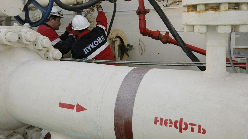 Нефть стремится к 50 долларам