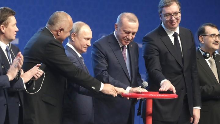 Неудачник на чужом празднике: Болгарскому премьеру припомнили грешки до Турецкого потока