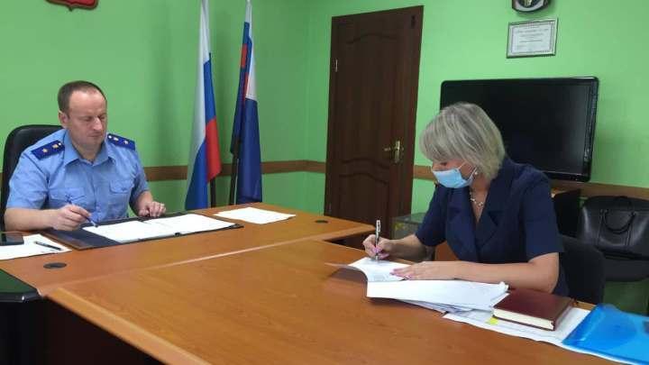 Мэрам трёх городов Кузбасса прокурор объявил предупреждения
