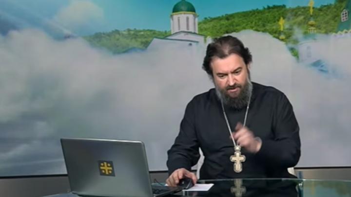 Грешно ли бояться COVID-19? Отец Андрей Ткачёв ответил словами Иоанна Богослова и... Высоцкого