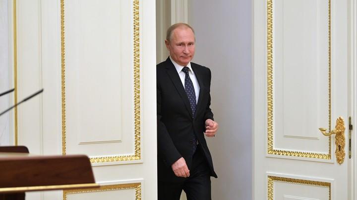 Нравственное воспитание прежде всего: Путин назвал основную сферу партнерства государства и Церкви