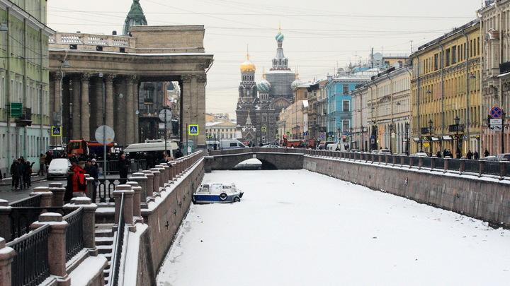 В Петербурге согласовали проект элитного отеля напротив Казанского собора
