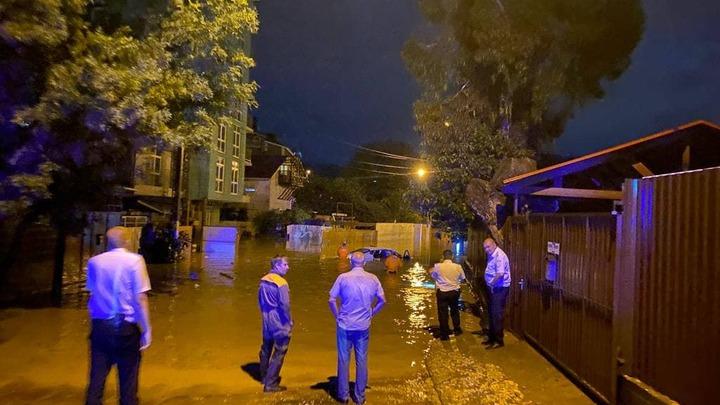 Да будет свет: В затопленных районах Сочи электричество восстановят к обеду