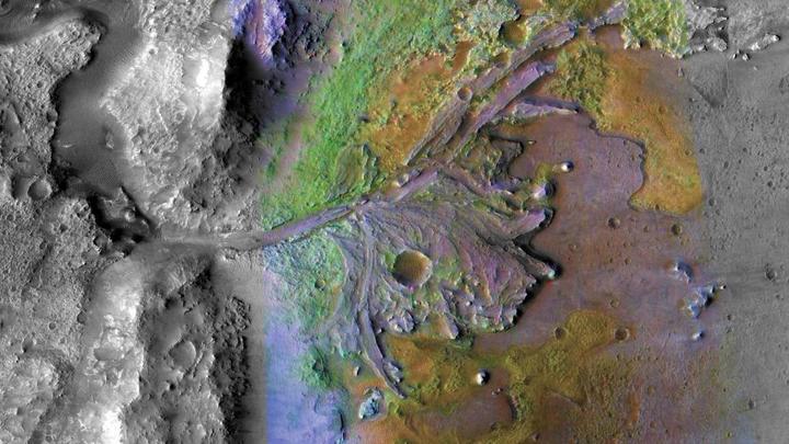 На Марсе жизнь есть: Российские ученые подтвердят найденные на Красной планете залежи газа