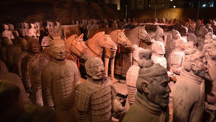 Археологи Китая нашли игрушечную версию Терракотовой армии