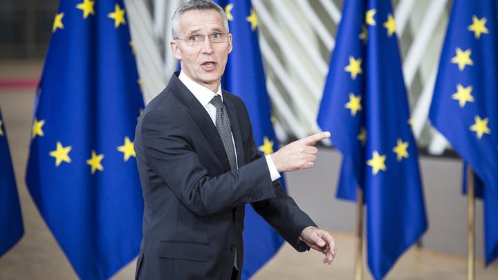 НАТО под британским флагом: Российские дипломаты покинули штаб-квартиру альянса