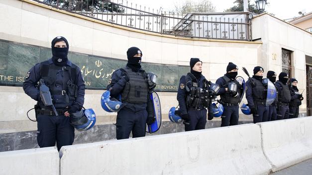 Один человек погиб при взрыве на пороховом заводе в Турции