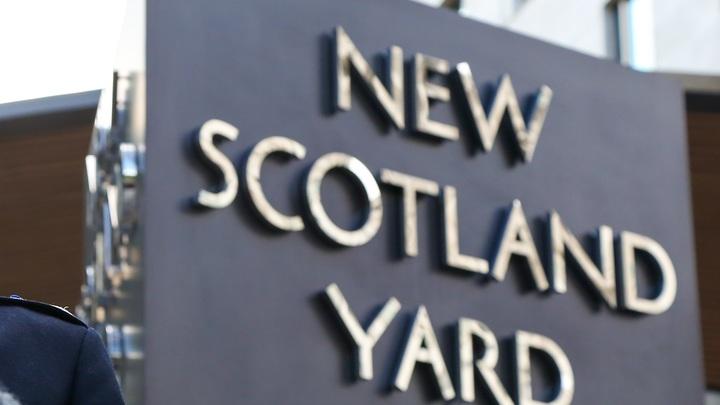 Злоумышленник обстрелял посетителей кафе в Лондоне, есть пострадавшие