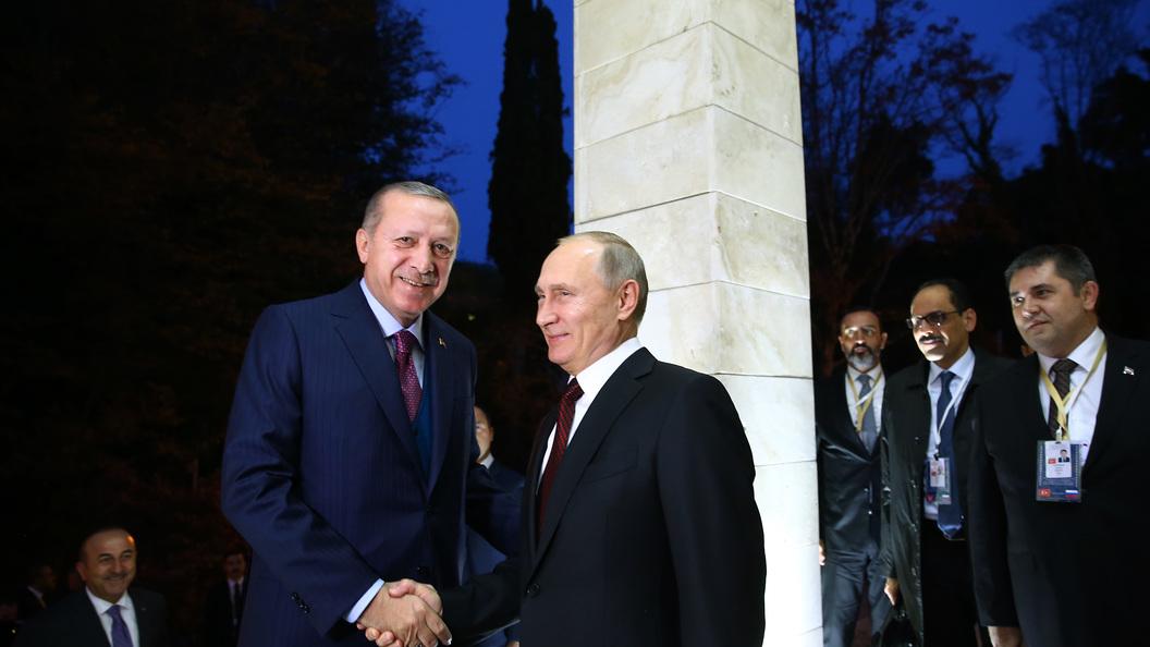 Переводчики-сихронисты едва не сорвали пресс-конференцию Путина и Эрдогана