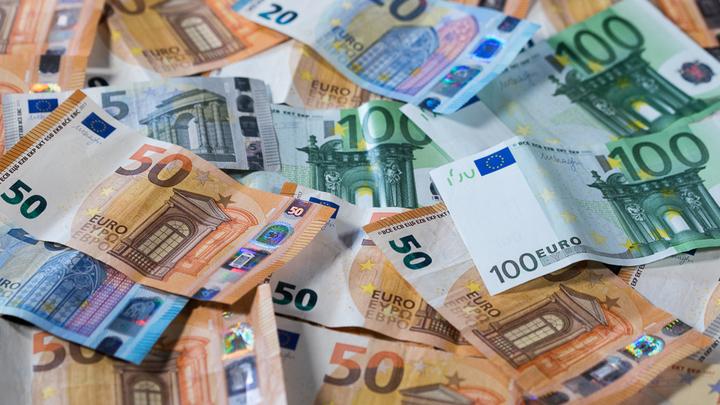 Такие тонны денег не снились даже полковнику Захарченко: В день ареста Арашуковых спалили миллионы